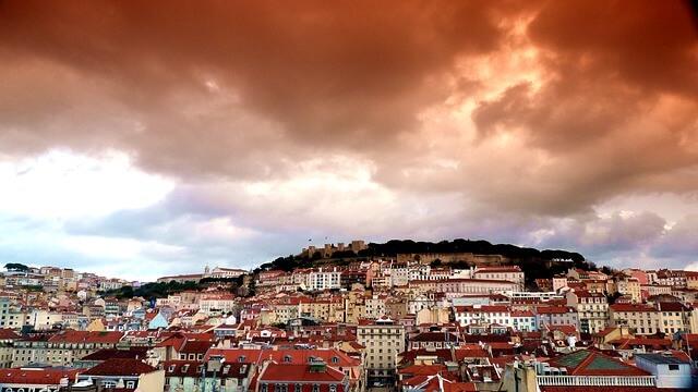 Das Casino liegt nicht weit von Lissabon entfernt.